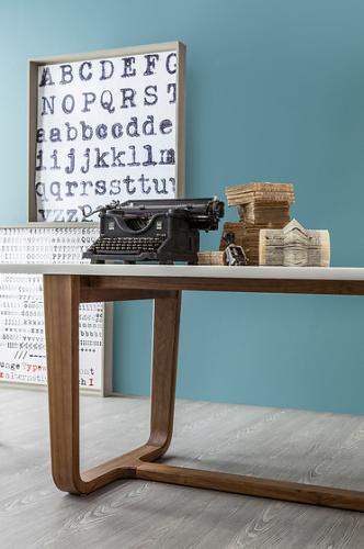 Alessandro Busana Medley Table