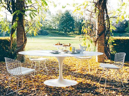 Eero Saarinen Tulip Outdoor Dining Table