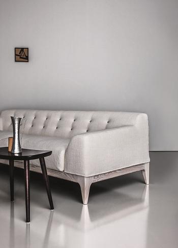 Emilio Nanni Mantilla Sofa