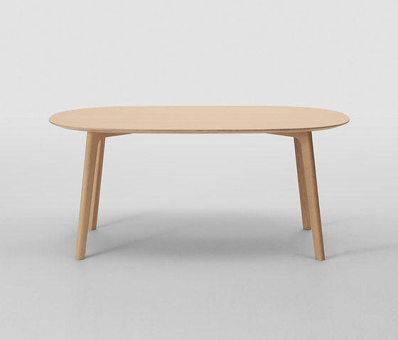 Naoto Fukasawa Roundish Table and Chair