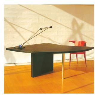 El Lissitzky M 61 - Table of the Conferencier