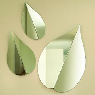 Ricardo Bello Dias Spring Mirror