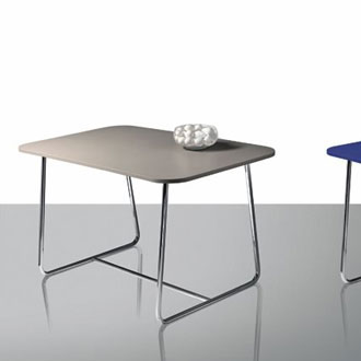 Theo Williams Easy Table
