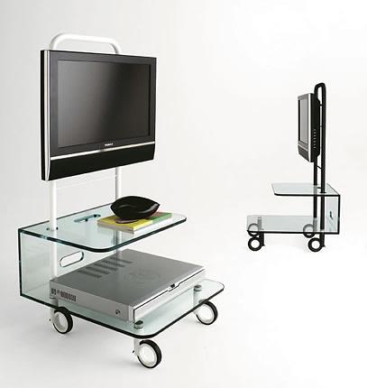 Adriano Design Pallet TV Stand