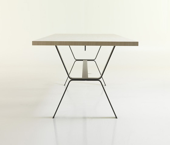 Anki Gneib Deer Dining Table