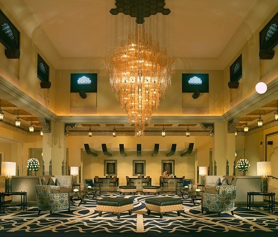 Arab Engineering Bureau Ritz Carlton Al Sharq Doha Chandelier