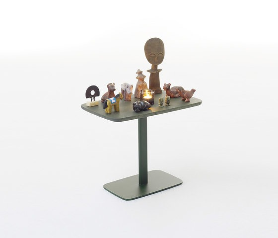 Arco Utensils Table