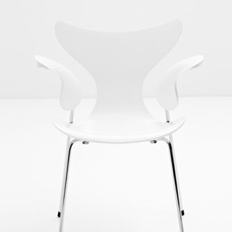 Arne Jacobsen The Lily Chair