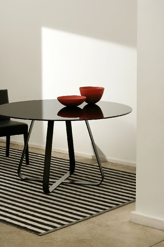 Artelano Glass Table