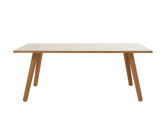 Birgit Hoffmann Maverick Table