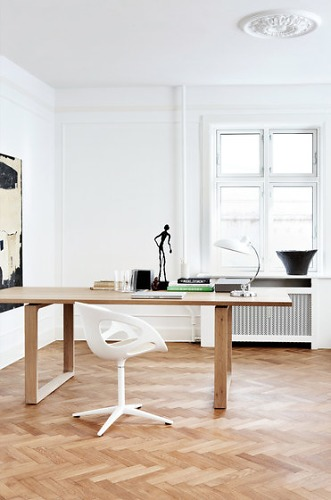 Cecilie Manz Essay Table
