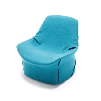 Christopher Coombes and Cristiana Giopato Kiru Armchair