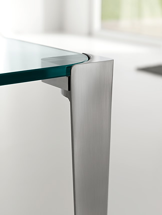 Denis Santachiara Stratos Mono Table