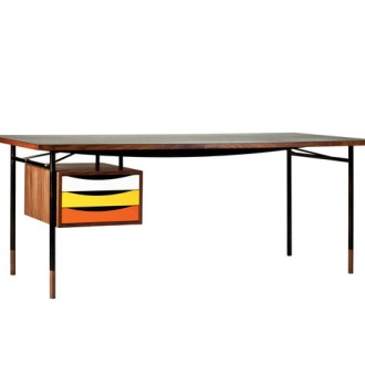 Finn Juhl Nyhavn Table