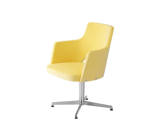 Gunilla Allard Cortina Chair