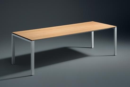 Hannes Wettstein Travé Table