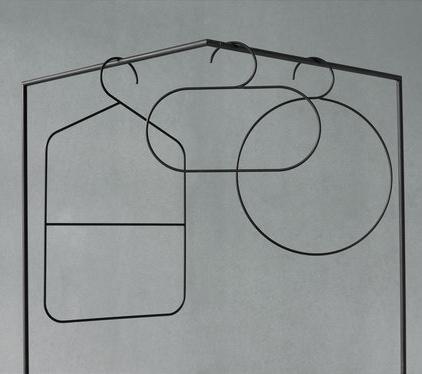 Ida Linea Hildebrand Tangent Hanger