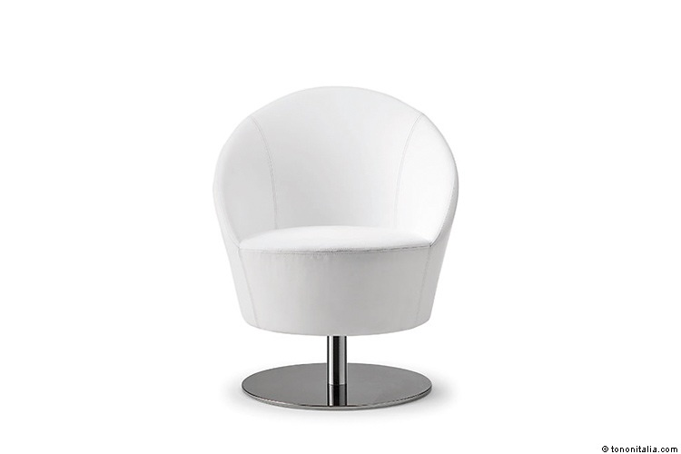 Isabelle Rigal Lady Chair