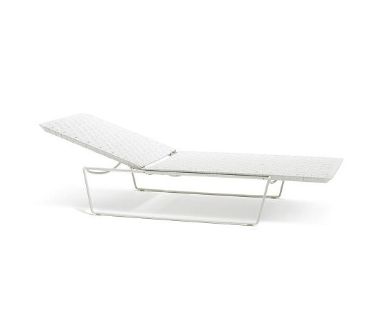 Lievore Altherr Molina Sombra Lounger