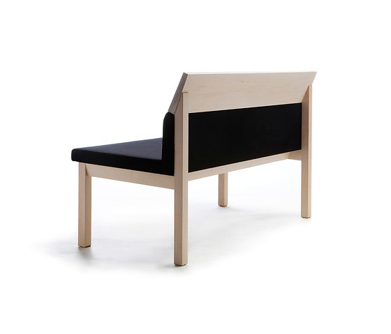 Jenni Roininen Seminar JRA Group Seating Collection