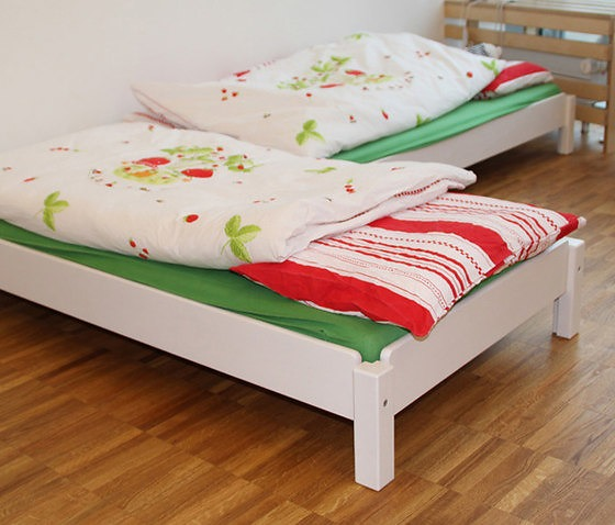 J 246 Rg De Breuyn Debe Decor Beds