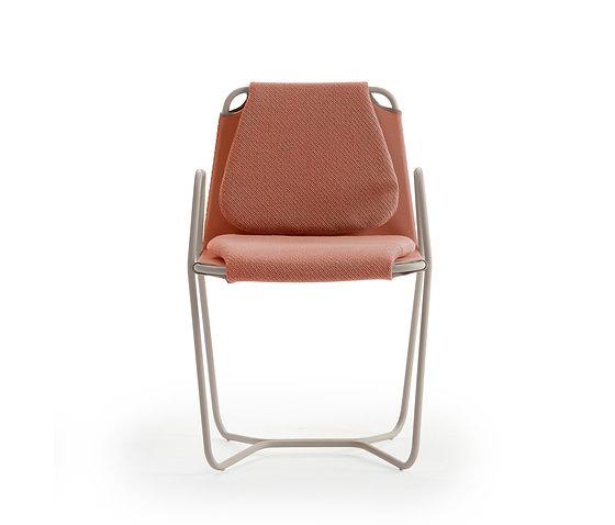 Jose Manuel Ferrero and estudi{H}ac Estudi{h}ac Casta Chair
