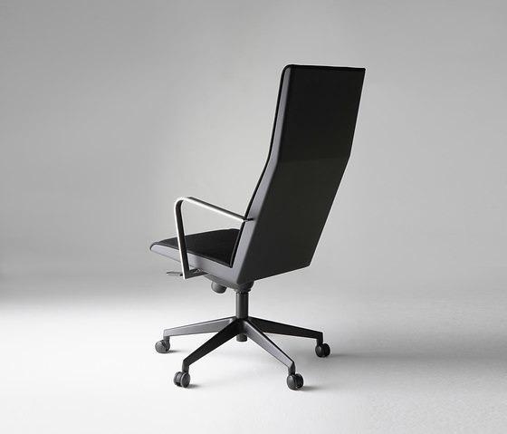 Jouko Järvisalo Pomo Chair