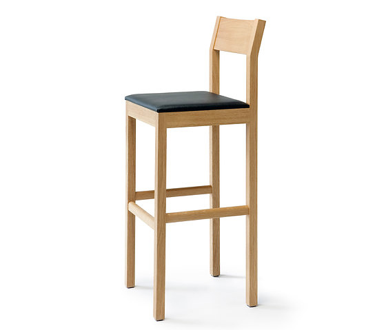 Kari Virtanen Seminar KVBT1 Stool