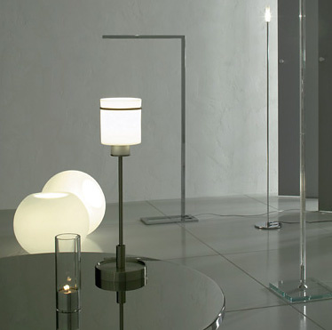 Lee West Supernova Lamp