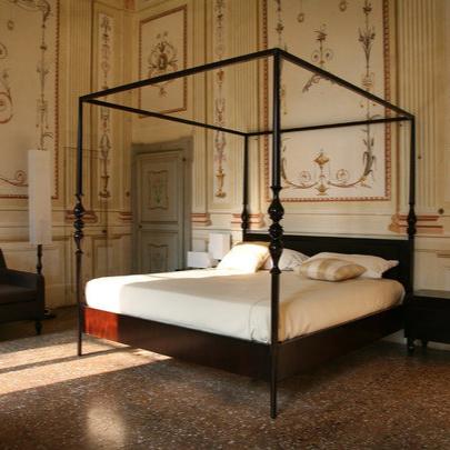 Luca Scacchetti Camera D´albergo Bed
