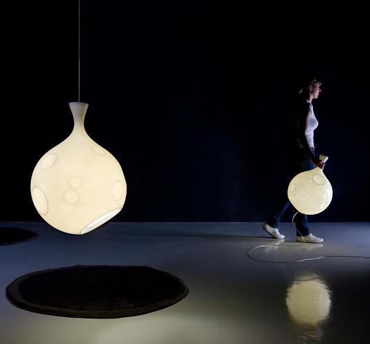 Martín Azúa Lua Lamp