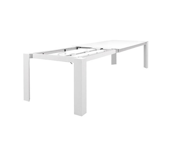 Martin Ballendat Snow Table