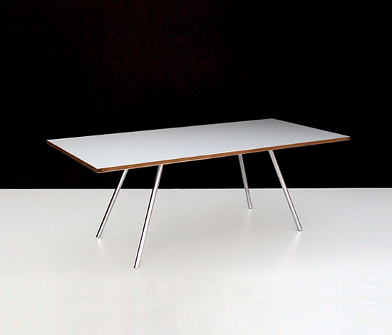 Maurizio Peregalli Fly Table