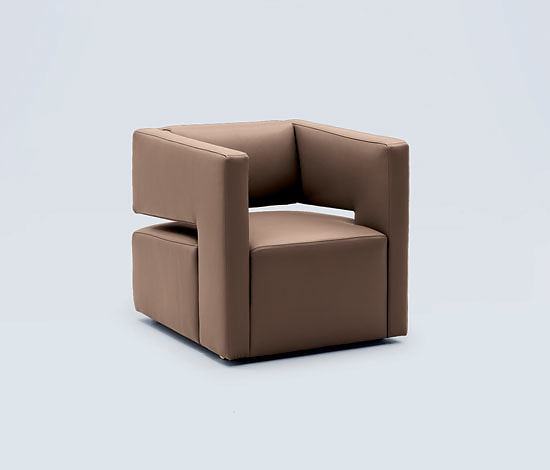 Oliver Piva Lola Seating