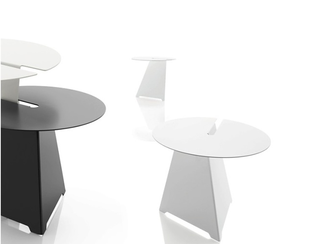Paster & Geldmacher Neuland Abra Table