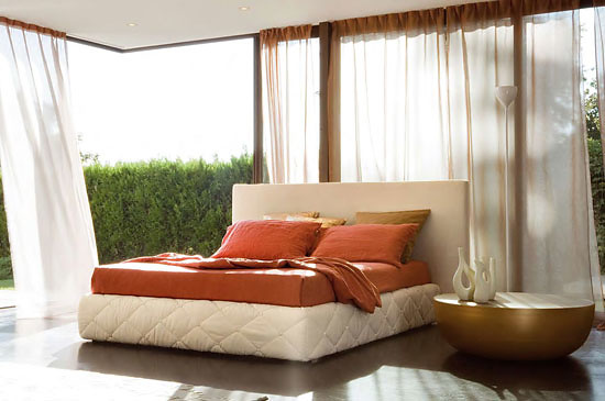 Peter Ross Moore Bed