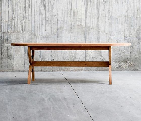 QoWood Loop Table