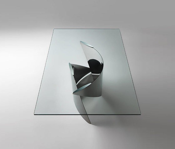 Reflex Vele Table Collection