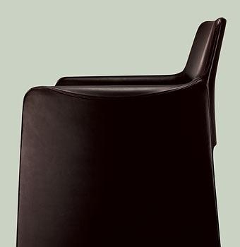 Rodolfo Dordoni Corte Chair