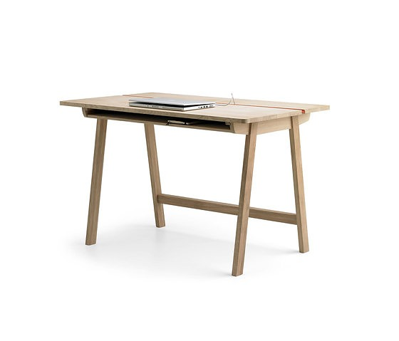 Samuel Accoceberry Landa Desk