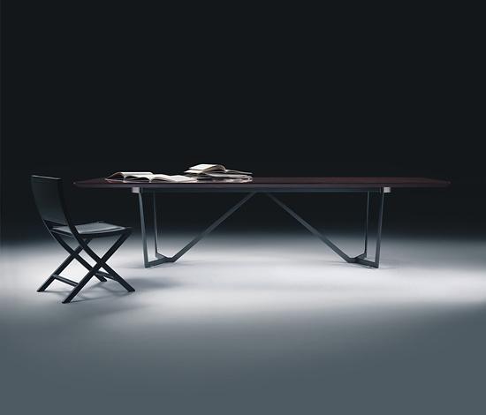 Studio Flexform Pedro Table