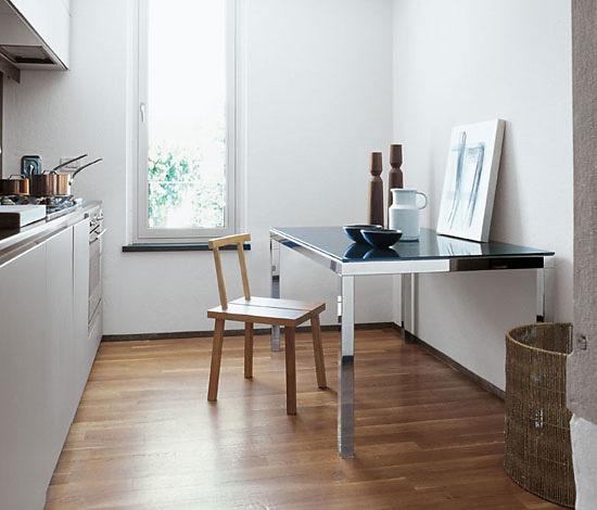 Studio Sovet Extension Four Legs Table