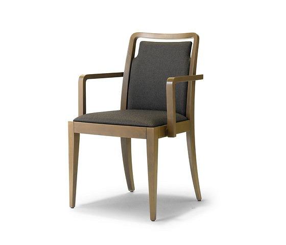 Studio Tipi Dafne Chair