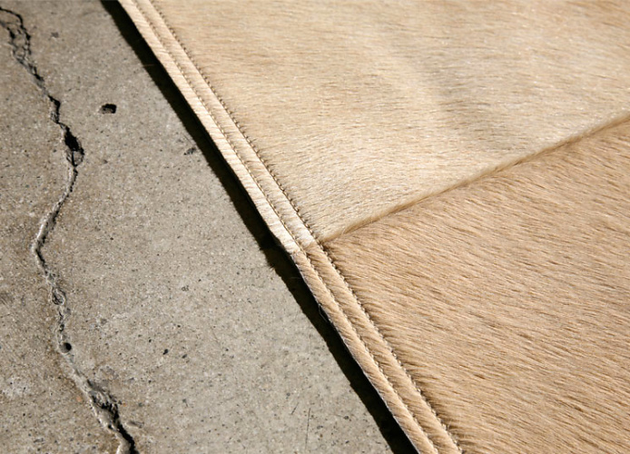 The Pure Team Mies Cowhide Rug