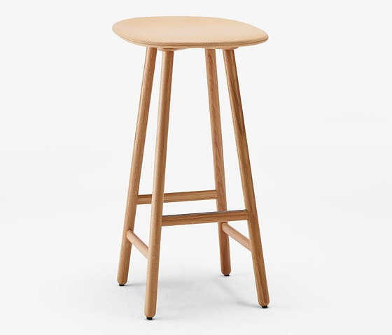Woodnotes Note Shell Stool
