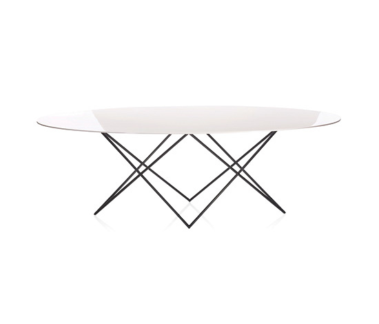 Xi Zhang and Erich Diserens Wove Table